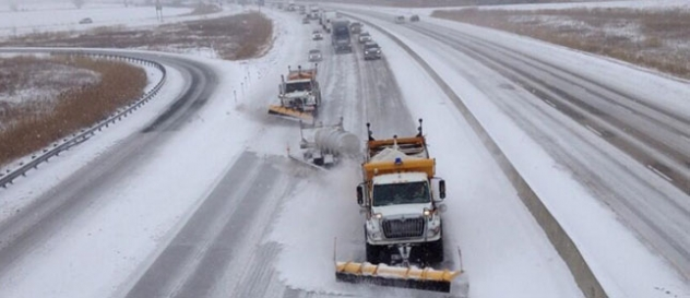 SNOW AND ICE CONTROL PRACTICES IN ONTARIO